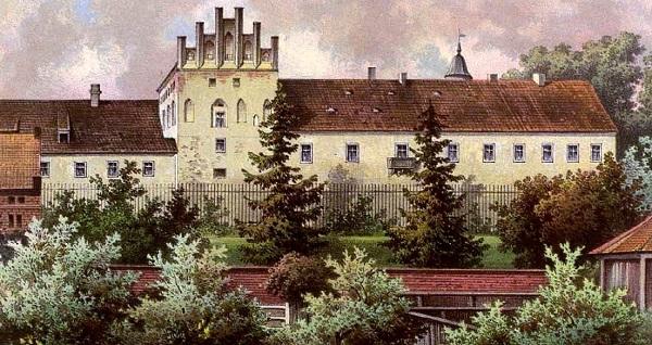 Замок Георгенбург, основанный Винрихом фон Книпроде.